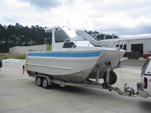 6 m trailer boat built 2008